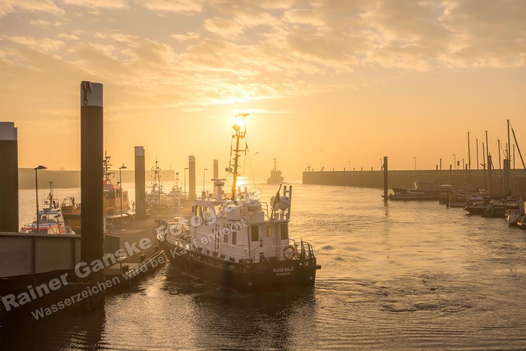 160901-10-Wilhelmshaven Nassauhafen Sonnenaufgang