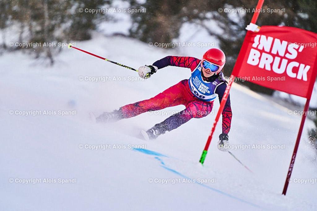ALS6017_WWMG_GS-II_C   (C) FotoLois.com, Alois Spandl, WinterWorldMastersGames 2020 Innsbruck, Giant Slalom-II Gruppe C Damen, Patscherkofel Olympiaabfahrt, Mi 15. Jänner 2020.