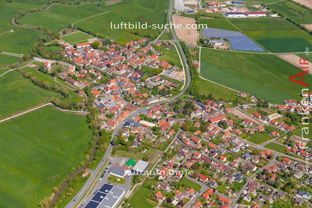 dachsbach-19-200 | aktuelles Luftbild von  Dachsbach  - Luftaufnahme wurde 2019 von https://frankenair.de mittels Flugzeug (keine Drohne) erstellt.