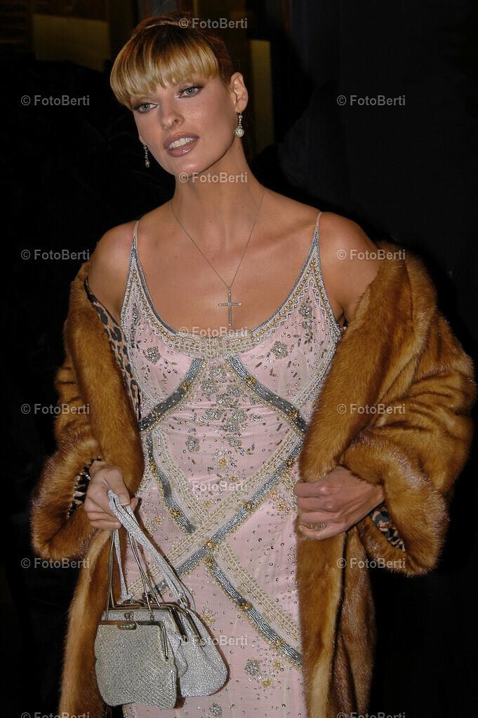 2004 Linda Evangelista bei der 11. AIDS-Gala in d. Deutschen Oper | 2004 Linda Evangelista bei der 11. AIDS-Gala in d. Deutschen Oper