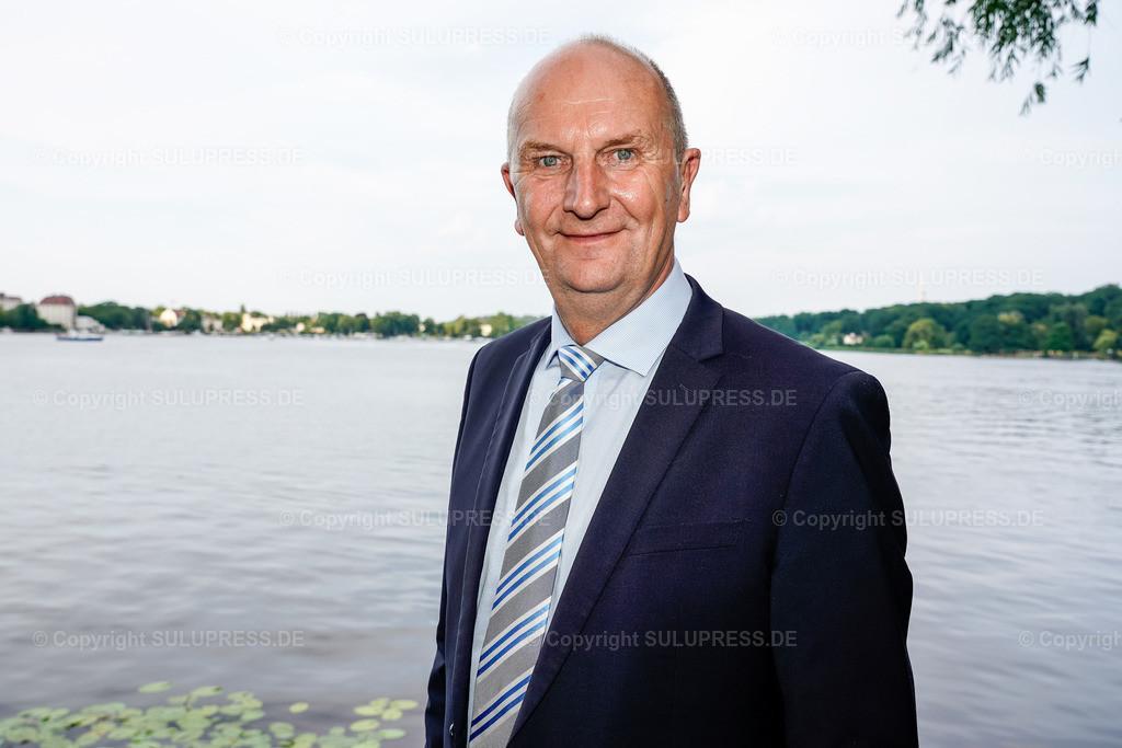 Dietmar Woidke - Portrait beim Brandenburger Sommerabend 2019 in Potsdam   19.06.2019, Dietmar Woidke, Ministerpräsident in Brandenburg beim