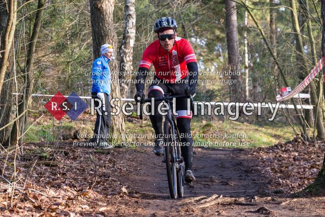 Radsport, Stevens Cyclocross Cup 2019, 10. Lauf (RSG Nordheide), Rennen 9 (Elite Herren + U23, Masters 2 / Elite Ü40 und Junioren U19), Buchholz i.d.N., 19.01.2020   Hagen Lindner (Cyclocross Hamburg e.V., #31, Elite)