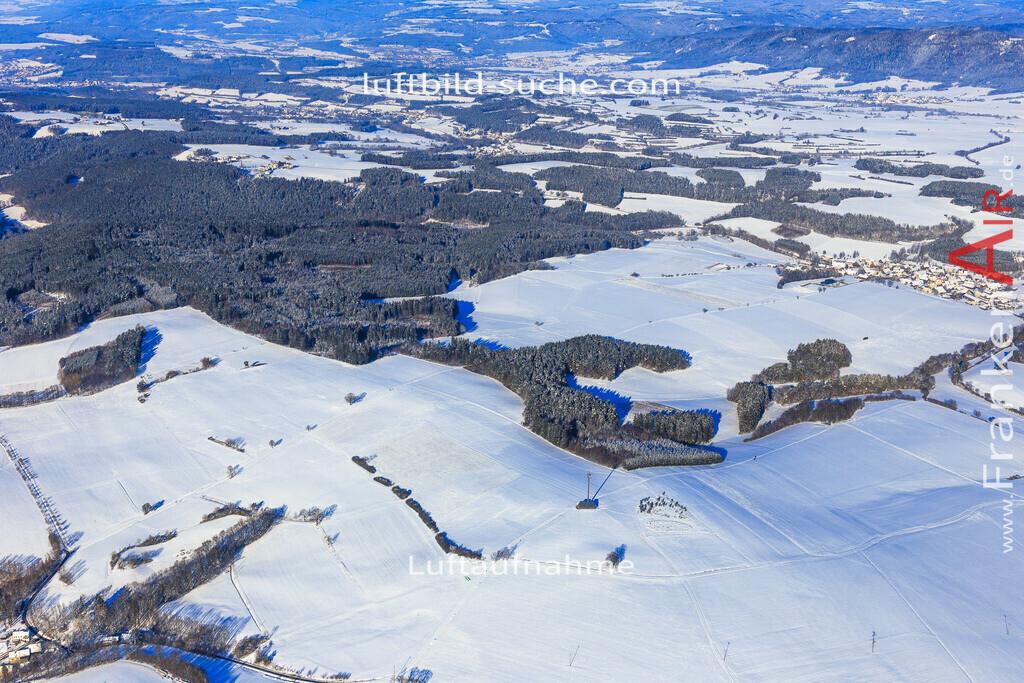 kirchleus-kulmbach-2016-5966 | Luftbild von Kirchleus Kulmbach - Luftaufnahme wurde 2016 von https://frankenair.de mittels Flugzeug (keine Drohne) erstellt - die Geschenkidee