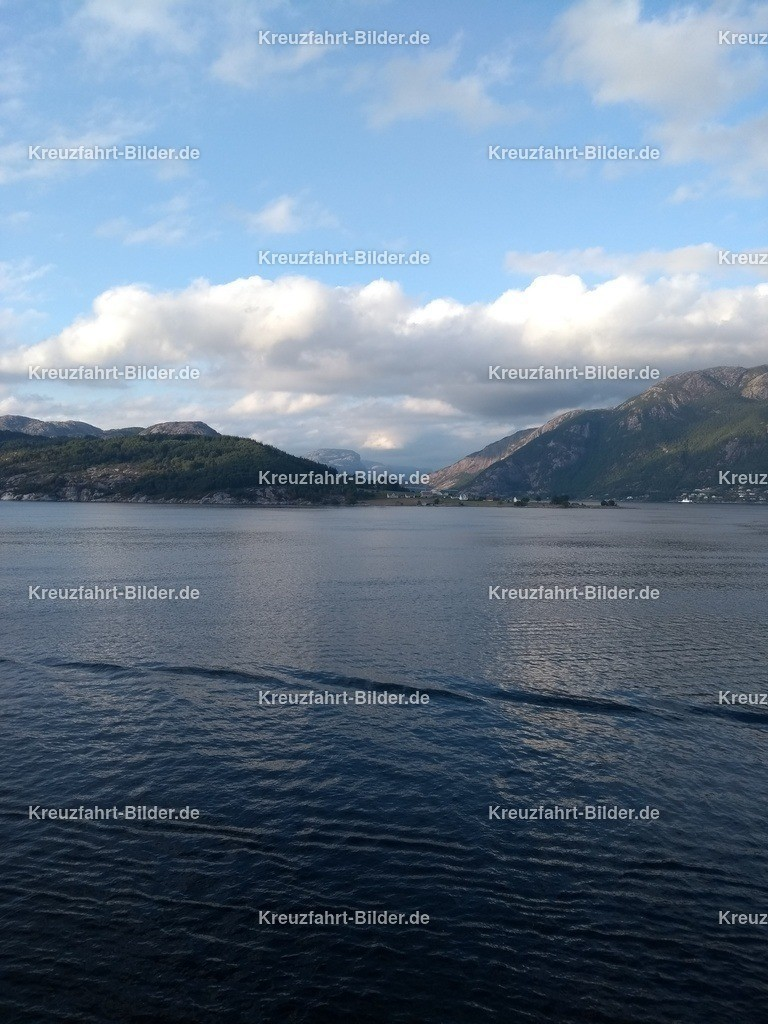 Lysefjord | Der Lysefjord von der MS Albatros