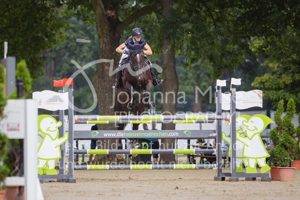200821_Delbrück_Youngster-M-620 | Delbrück Masters 2020 Springprüfung Kl. M* Youngster Springen 6-8jährige Pferde