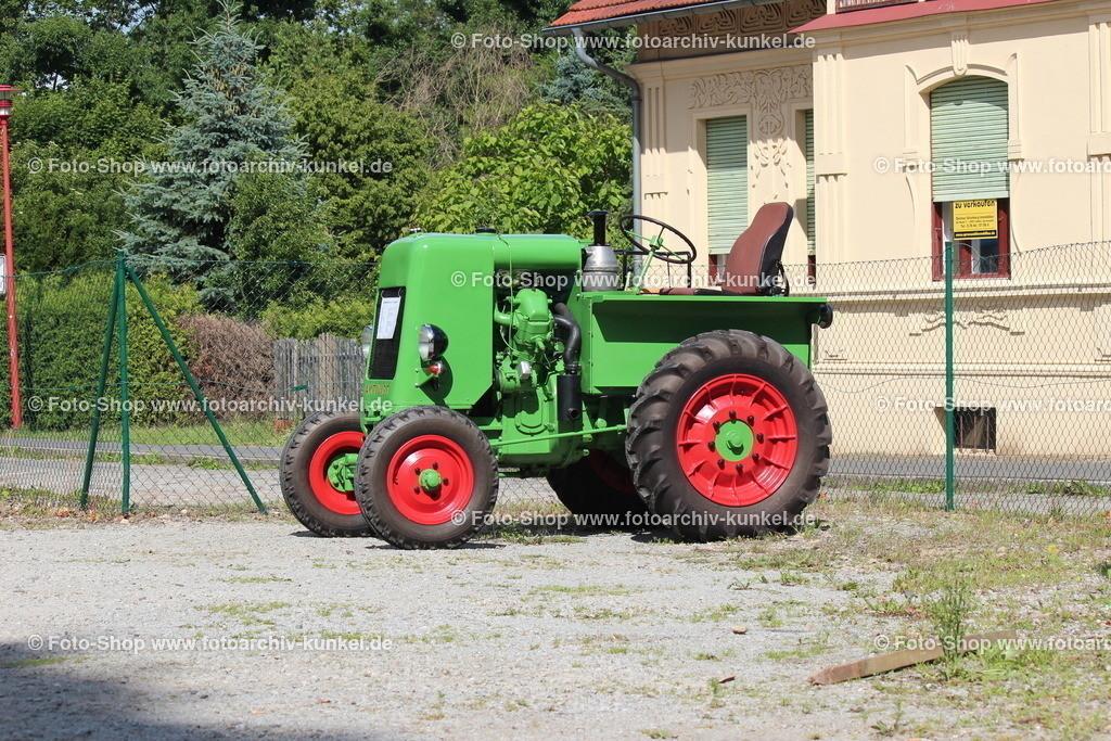 IFA RS 03/30 »Aktivist« Traktor, Schlepper, 1949-52 | IFA RS 03/30 »Aktivist«, Farbe: Grün, Bauzeit 1949-52, Traktor, Schlepper, VEB Brandenburger Traktorenwerke BTW in Brandenburg an der Havel, DDR