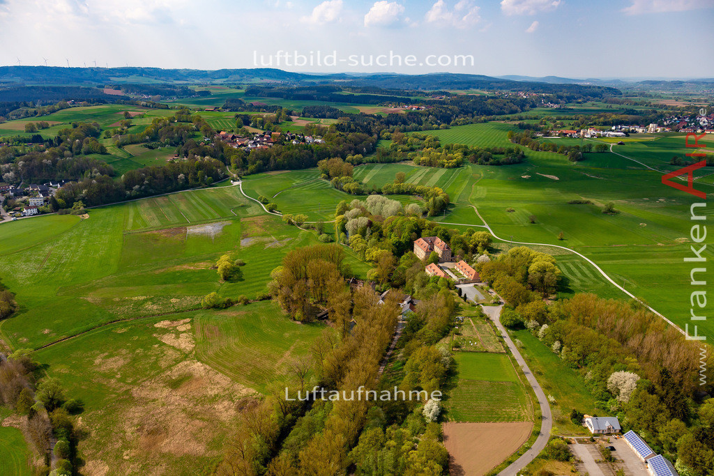 steinenhausen-kulmbach-18-243 | aktuelles Luftbild von Steinenhausen Kulmbach - Luftaufnahme wurde 2018 von https://frankenair.de mittels Flugzeug (keine Drohne) erstellt.