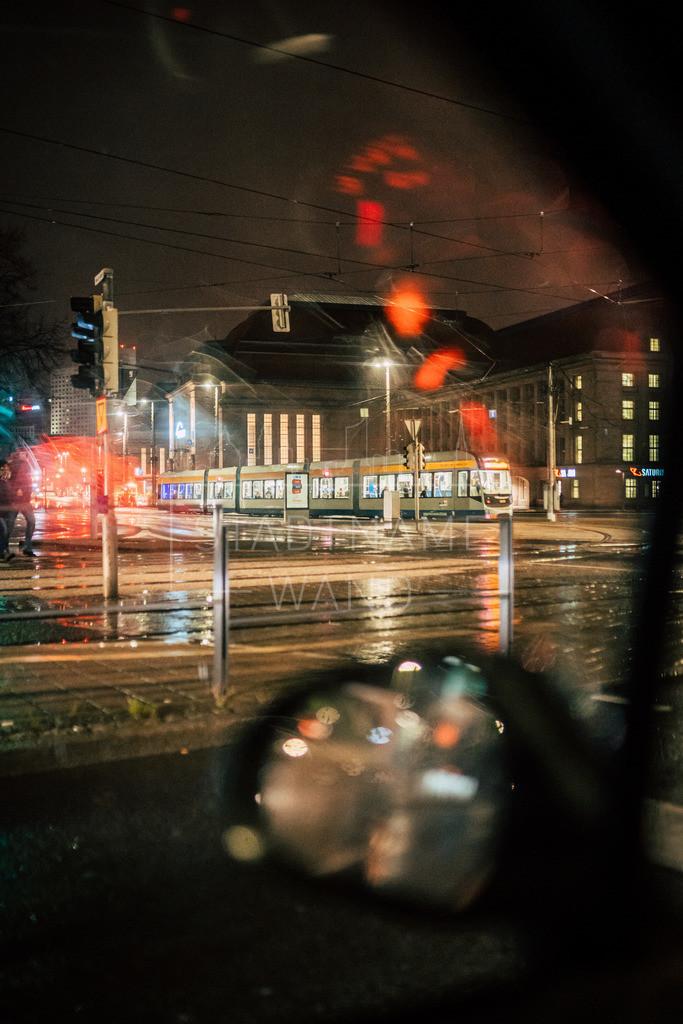 Nachts im Regen Leipzig (4)