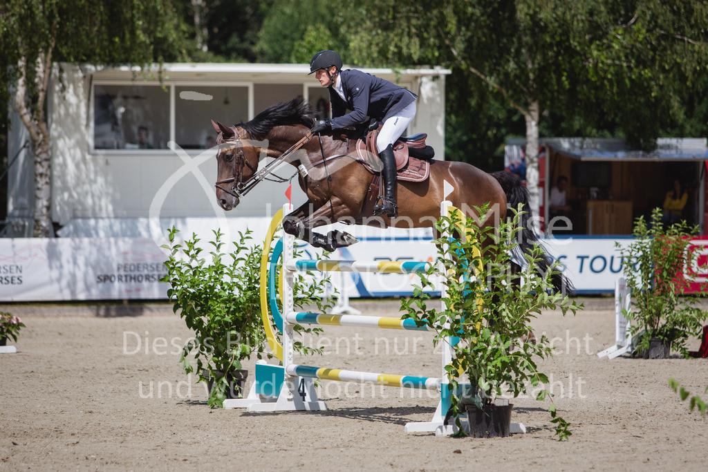 200726_Wohlde_M2-Springen-155 | Late Entry Wohlde Pedersen Sporthorses 26.07.2020 Springprüfung Kl. M** 7jährig + ält. Pferde