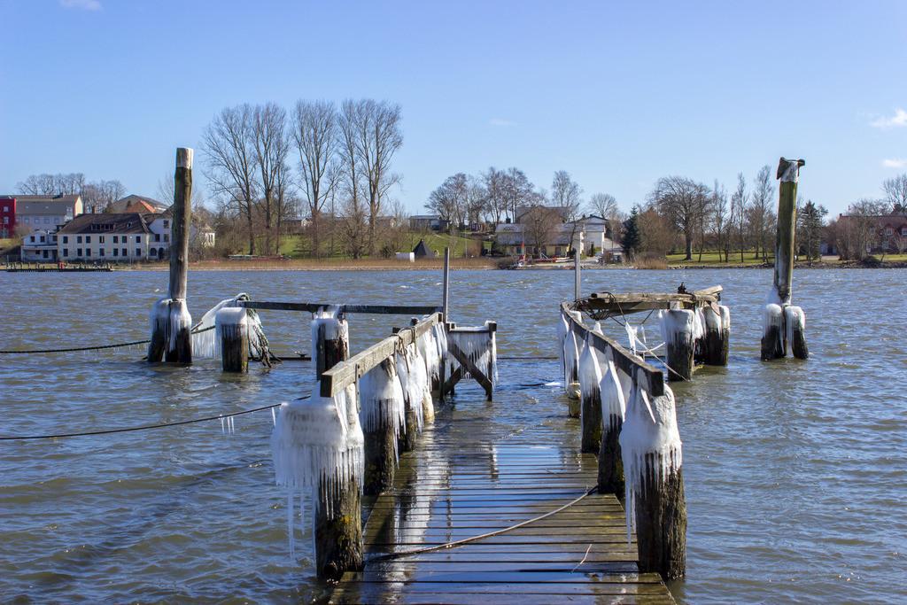 Arnis an der Schlei | Vereister Hafen in Arnis an der Schlei