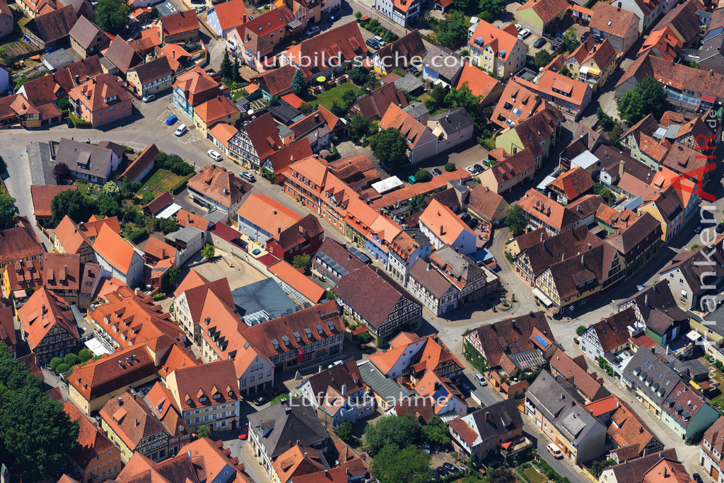 bad-windsheim-2015-1604 | Luftbild von  Bad-windsheim - Luftaufnahme wurde 2015 von https://frankenair.de mittels Flugzeug (keine Drohne) erstellt - die Geschenkidee