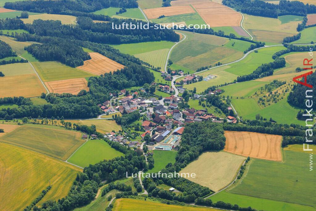 grafendobrach-kulmbach-2016-2340 | Luftbild von Grafendobrach Kulmbach - Luftaufnahme wurde 2016 von https://frankenair.de mittels Flugzeug (keine Drohne) erstellt - die Geschenkidee