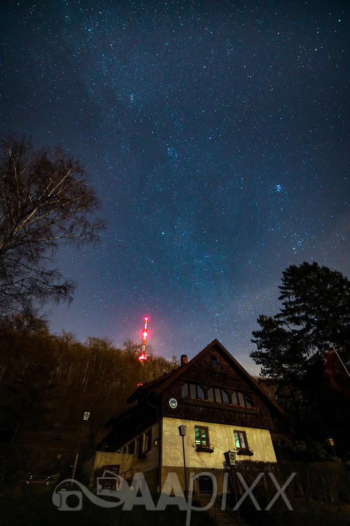 Naturfreundehaus unter Sternenhimmel | Braunenberg Aalen - Wasseralfingen
