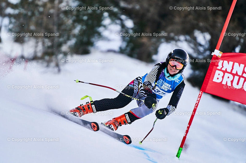 ALS5862_WWMG_GS-II_C | (C) FotoLois.com, Alois Spandl, WinterWorldMastersGames 2020 Innsbruck, Giant Slalom-II Gruppe C Damen, Patscherkofel Olympiaabfahrt, Mi 15. Jänner 2020.