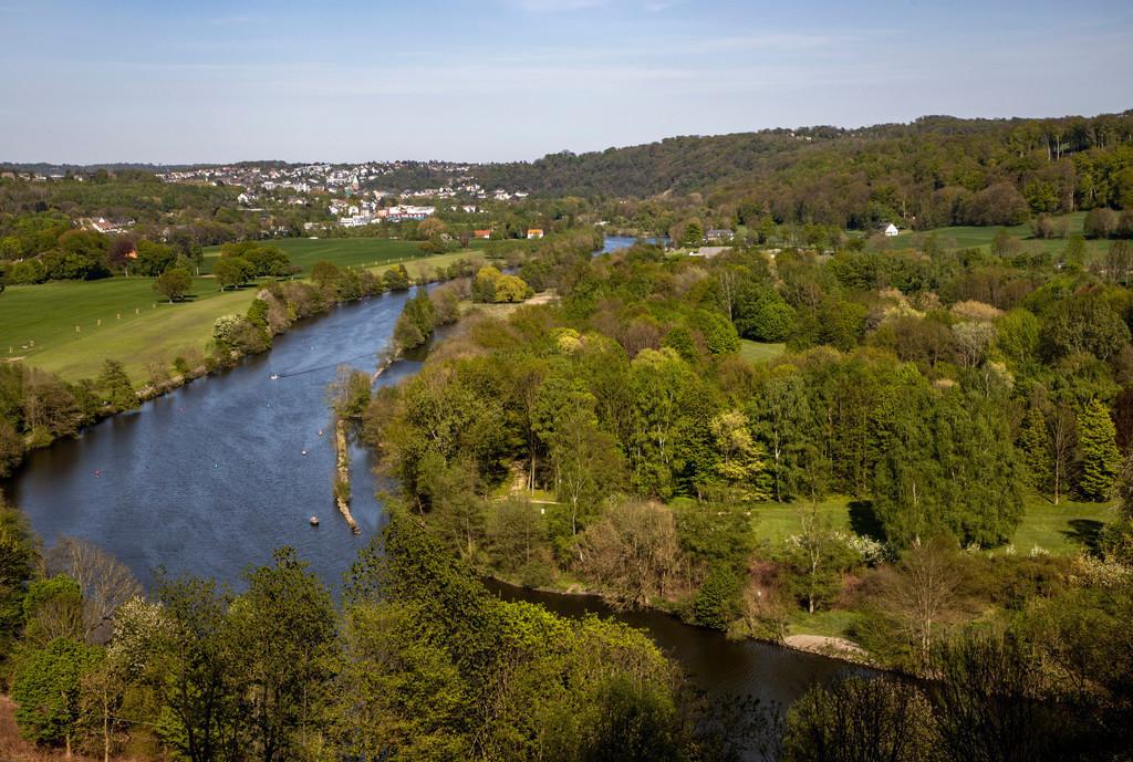JT-190430-042 | Landschaft im Süden von Essen, Blick von Kettwig über das Ruhrtal nach Essen-Werden, Deutschland