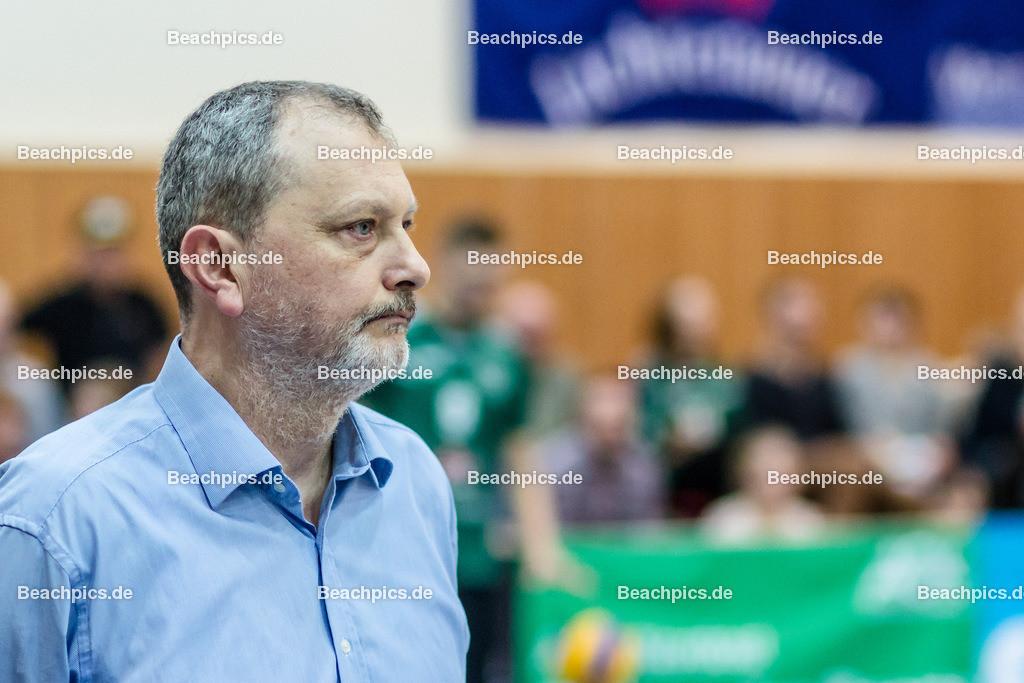2016_130_BLM_Netzhoppers-Lüneburg | Netzhoppers Trainer Mirko Culic (Netzhoppers Trainer)