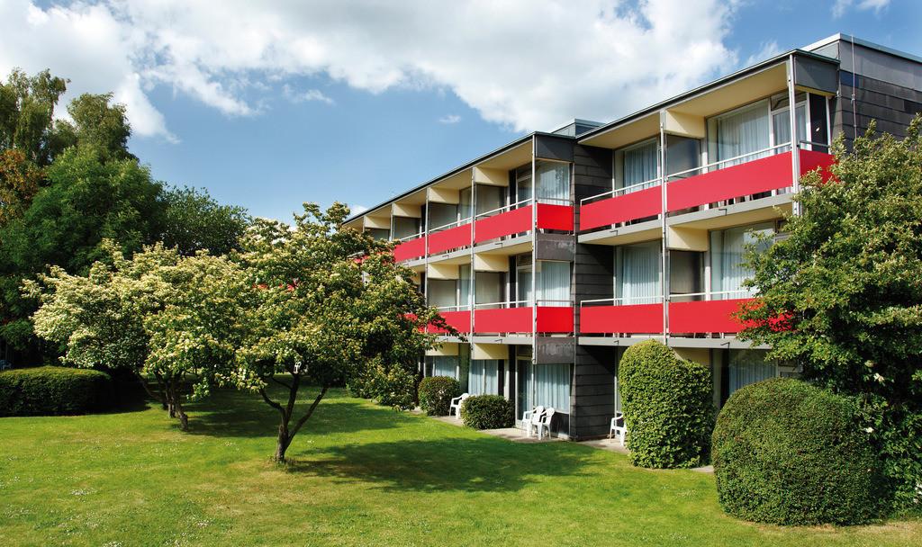 aussenansicht-tag-05-hplus-hotel-goslar