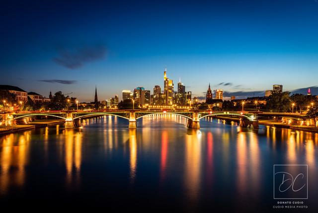 Frankfurter Skyline - Spiegelung