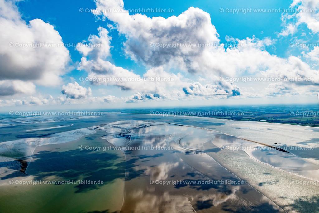 Wattenmeer Wolken_ELS_2279200819 | Wattenmeer - Aufnahmedatum: 20.08.2019, Aufnahmehöhe: 572 m, Koordinaten: N53°52.583' - E8°45.619', Bildgröße: 8256 x  5504 Pixel - Copyright 2019 by Martin Elsen, Kontakt: Tel.: +49 157 74581206, E-Mail: info@schoenes-foto.de  Schlagwörter:Schleswig-Holstein,Niedersachsen,Gezeiten,Ebbe und Flut,Luftbild, Luftbilder, Deutschland