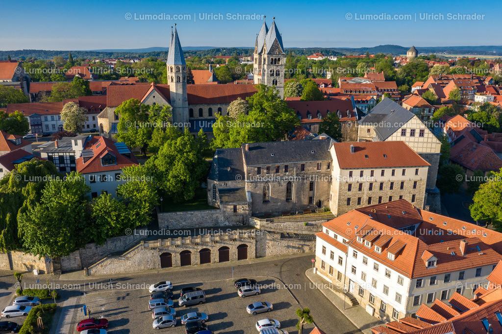 10049-51036 - Halberstadt _ Peterstreppe