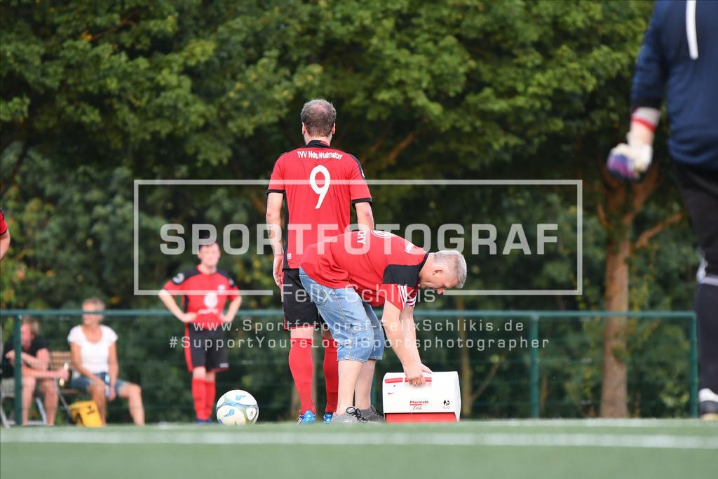 Fussball I Testspiel I TVV Neu Wulmstorf - TuS Finkenwerder_00045 | Fussball I Testspiel I TVV Neu Wulmstorf - TuS Finkenwerder am 13.08.2020 in Neu Wulmstorf  (Stadion), Deutschland.