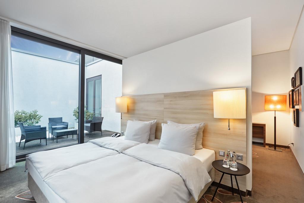 zimmer-suite-01-h4-hotel-muenster