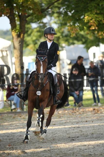 Rot am See_2021_Ponyspringprüfung_Kl.M_Johanna Pernthaler_Dubai 59 (1)