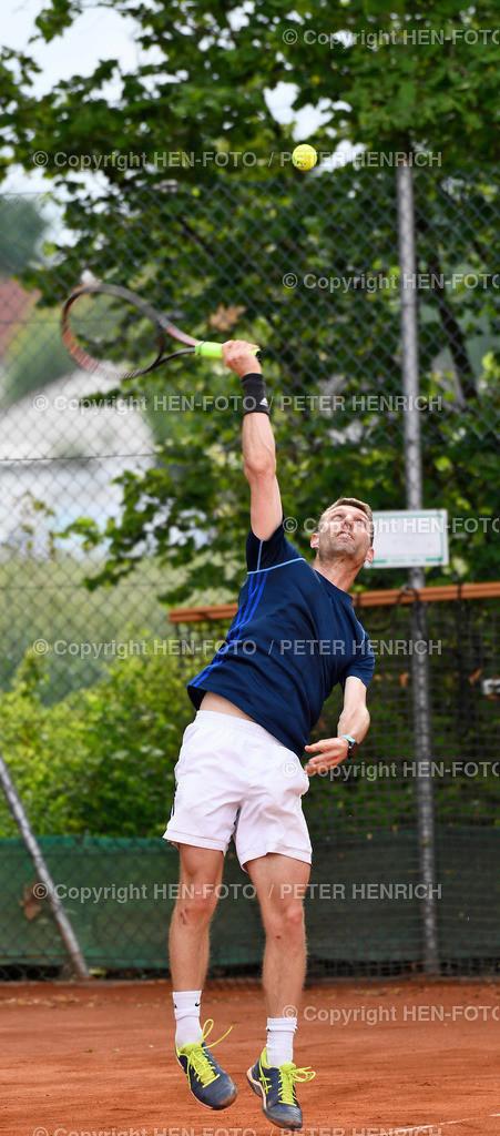 Tennis Hessische Meisterschaften Senioren SGA Darmstadt copyright by HEN-FOTO | Tennis Hessische Meisterschaften Senioren SGA Darmstadt 05.06.2021 Rolf Melzer TEC Darmstadt Halbfinalist copyright by HEN-FOTO Peter Henrich