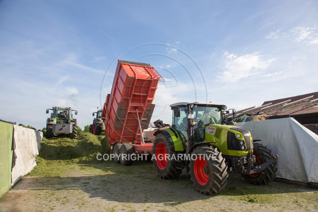 20150511-IMG_1582 | Gras silieren - AGRARMOTIVE Bilder aus der Landwirtschaft