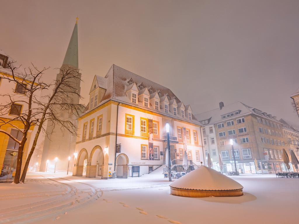 Schnee auf dem Alten Markt | Schnee auf dem Alten Markt in Bielefeld im Februar 2021.
