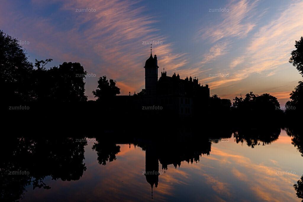 200719_0458-2812 | Rätsel zum Sonntag??????  Wer von euch weiß denn wo ich die letzte Nacht verbracht habe und wo ich das Foto zum Sonnenaufgang gemacht habe????  Ich wünsche euch einen schönen Sonntag!!