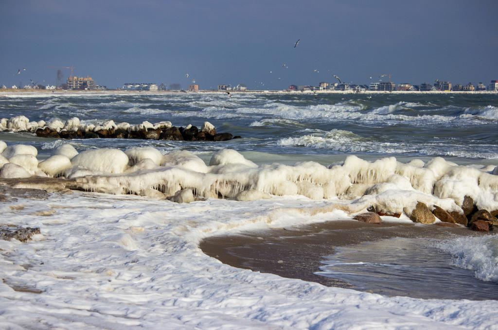 Strand in Schönhagen | Vereister Strand in Schönhagen