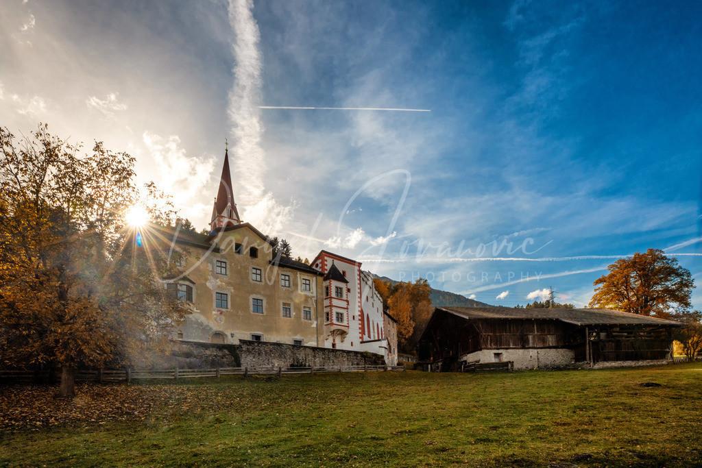 Jagschloss Flaurling | Das Jagdschloss in Flaurling ist nicht weit bekannt aber sehr sehenswert