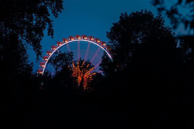 Blick auf das Riesenrad beim Gäubodenvolksfest Straubing