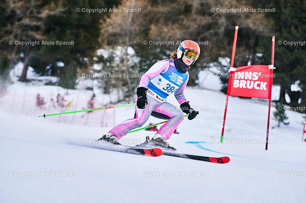 ALS5603_WWMG_GS-II_C   (C) FotoLois.com, Alois Spandl, WinterWorldMastersGames 2020 Innsbruck, Giant Slalom-II Gruppe C Damen, Patscherkofel Olympiaabfahrt, Mi 15. Jänner 2020.