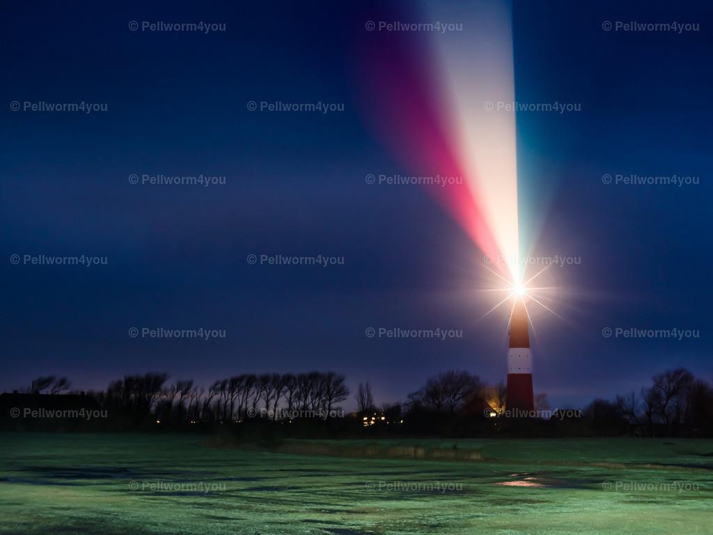 Lichtfeuerwerk am Pellwormer Leuchtturm