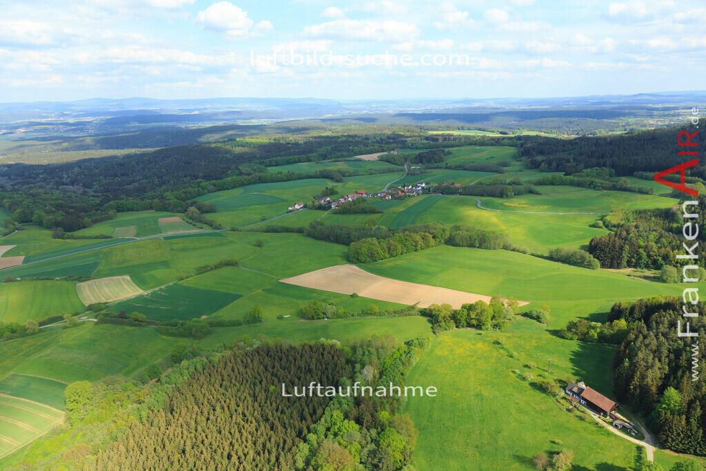 limmersdorf-2015-165 | Luftbild von  Limmersdorf - Luftaufnahme wurde 2015 von https://frankenair.de mittels Flugzeug (keine Drohne) erstellt - die Geschenkidee