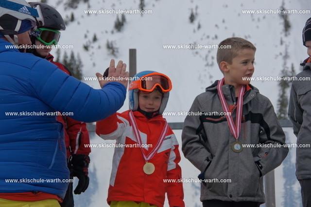 Kinderskirennen (105)