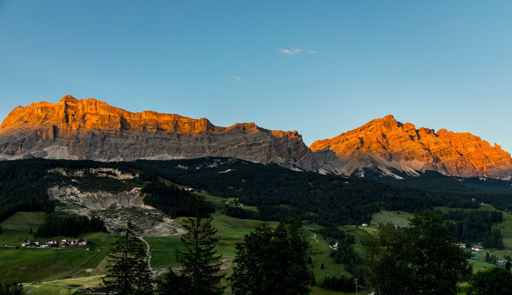 JT-180707-010 | Südtirol, Trentino, Berge der Fanesgruppe, bei Badia, Abtei, Hauptteil des südlichen, oberen Gadertals im Gebirgsmassiven der Dolomiten , Teil des  Naturpark Fanes-Sennes-Prags,  Italien,