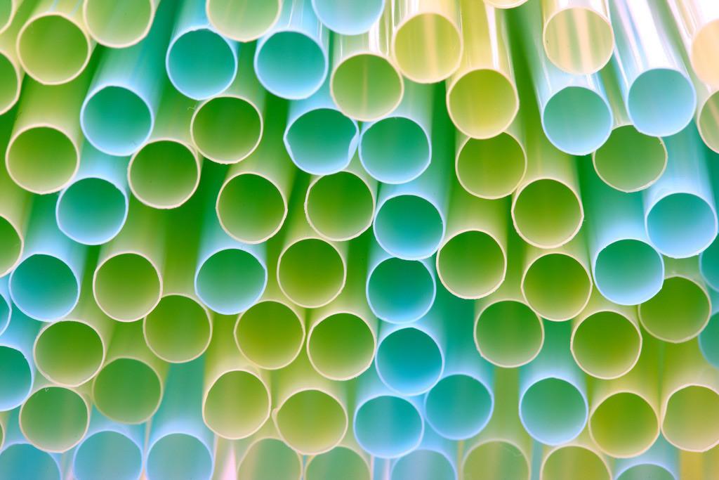 Trinkhalme | Biegsame Trinkhalme aus Kunststoff, farbig.