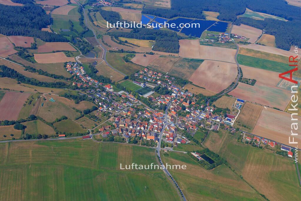 gutenstetten-2016-5674   Luftbild von  Gutenstetten - Luftaufnahme wurde 2016 von https://frankenair.de mittels Flugzeug (keine Drohne) erstellt - die Geschenkidee