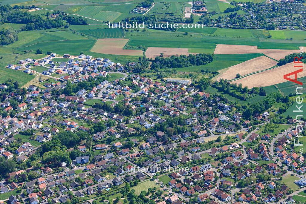 bischberg-18-342 | aktuelles Luftbild von  Bischberg - Luftaufnahme wurde 2018 von https://frankenair.de mittels Flugzeug (keine Drohne) erstellt.