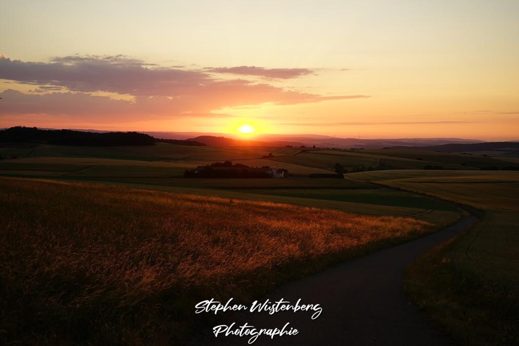 Sunset Karlshöhe | Warme Herbstfarben über dem Donnersberger Land mit einem stimmungsvollen Sonnenuntergang
