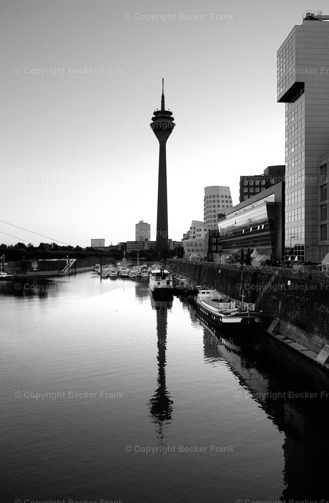 Hafenbecken Düsseldorf