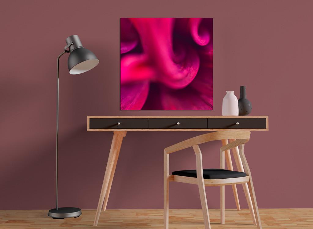 Abstraktes Blütenbild    Kleinformatiges Designelement zur Raumgestaltung