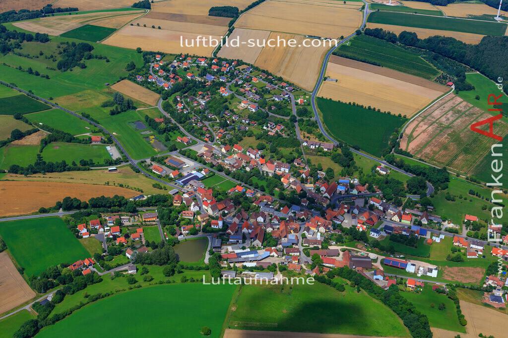 luftaufnahme-markt-taschendorf-17-4889 | Luftbild von  Markt-taschendorf - Luftaufnahme wurde 2017 von https://frankenair.de mittels Flugzeug (keine Drohne) erstellt - die Geschenkidee