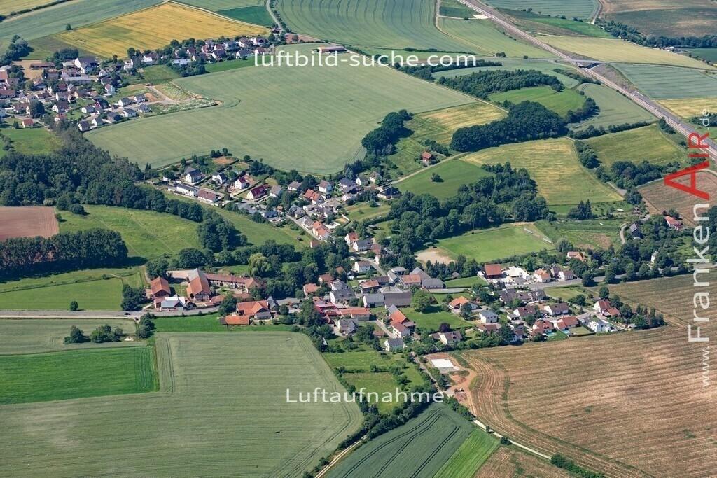 obersiemau-19-380 | aktuelles Luftbild von Obersiemau  - Luftaufnahme wurde 2019 von https://frankenair.de mittels Flugzeug (keine Drohne) erstellt.