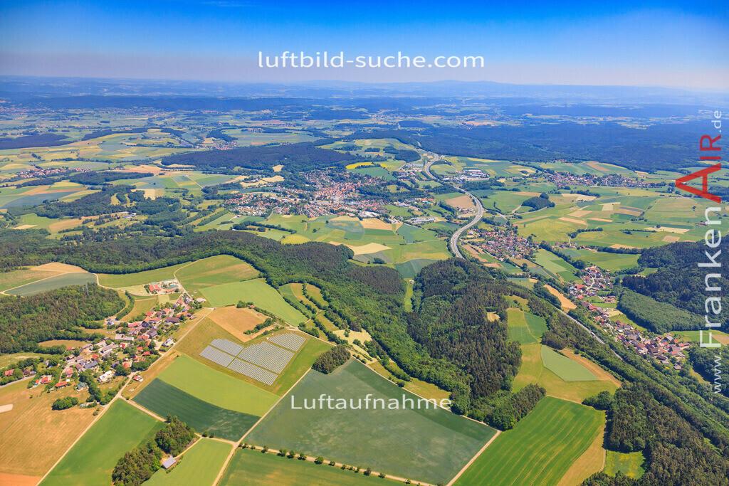luftbild-kasendorf-2015-4286   Luftbild von  Kasendorf - Luftaufnahme wurde 2015 von https://frankenair.de mittels Flugzeug (keine Drohne) erstellt - die Geschenkidee