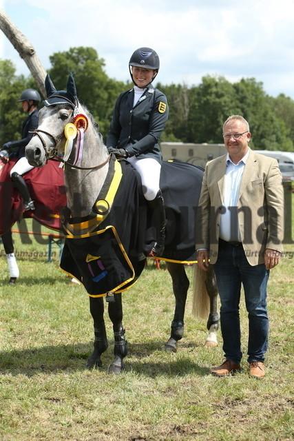 Lußhof_Championatsehrung_Landeschampionat_Geländepferde (1)