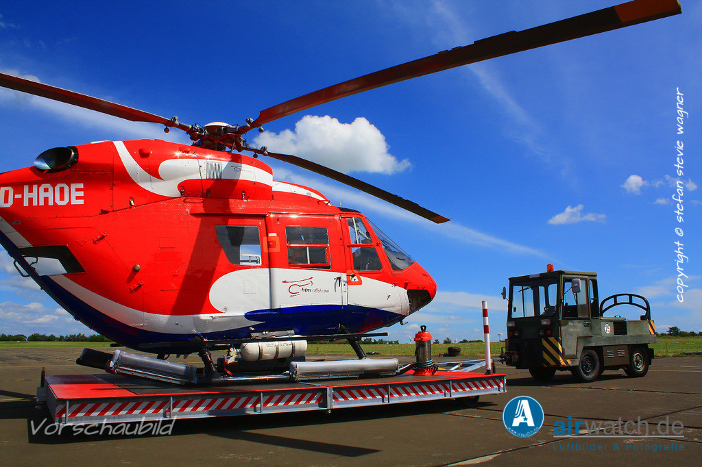 Flughafen Husum, htm Helicopter Travel Munich, MBB BK117C-1 | Flughafen Husum, htm Helicopter Travel Munich, MBB BK117C-1 • 4272 x 2848 pix